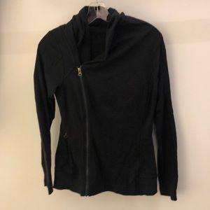 Lululemon black side zip jacket, sz 8, 64185